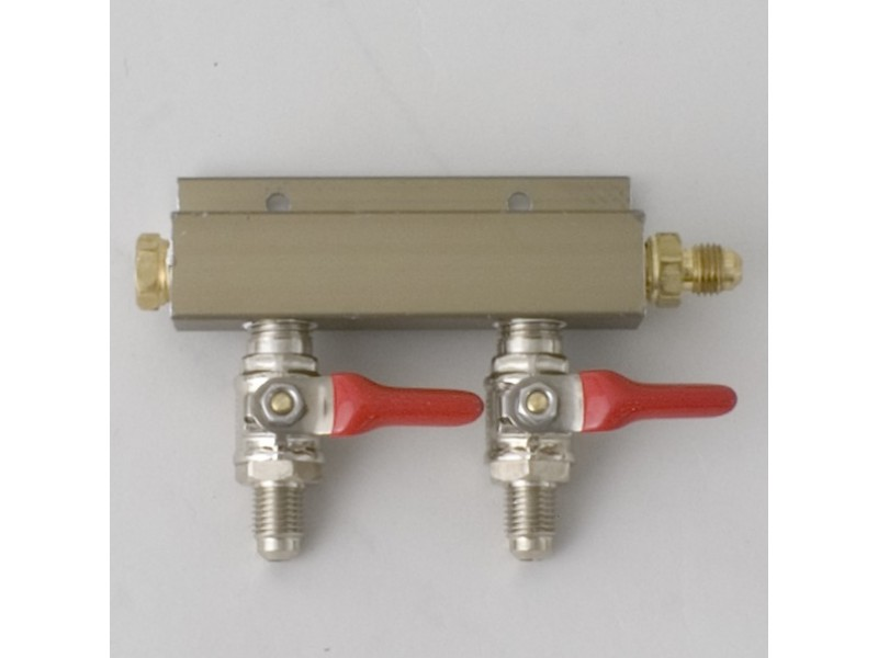 "CO2 Distributor 2-Way w/ 1/4"" MFL shutoffs"