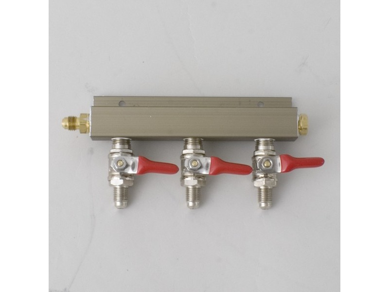 "CO2 Distributor 3-Way w/ 1/4"" MFL shutoffs"